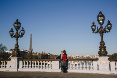PC Olga in Paris for Flytographer